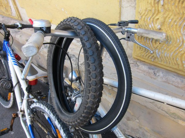 2012_12_19_spare-tires